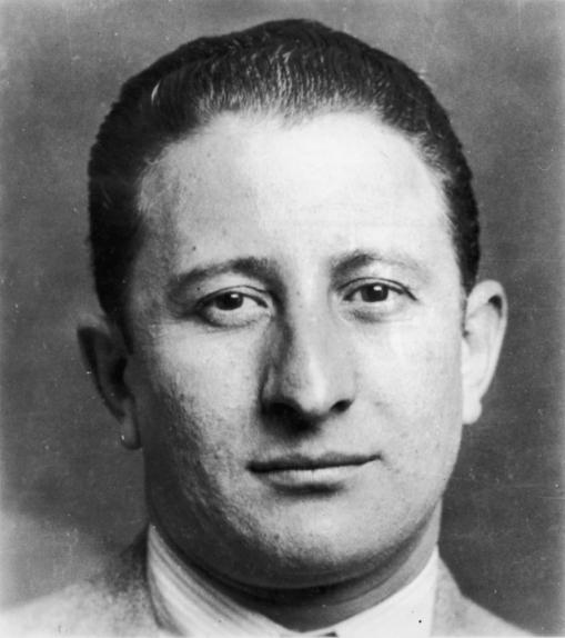 10_1920s-gangster.jpg