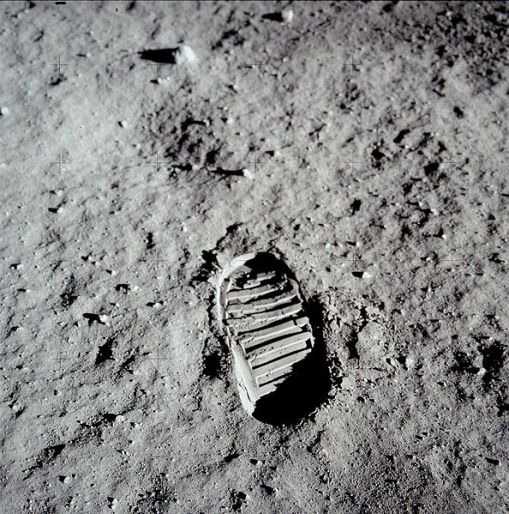 moon-footprint-jpg
