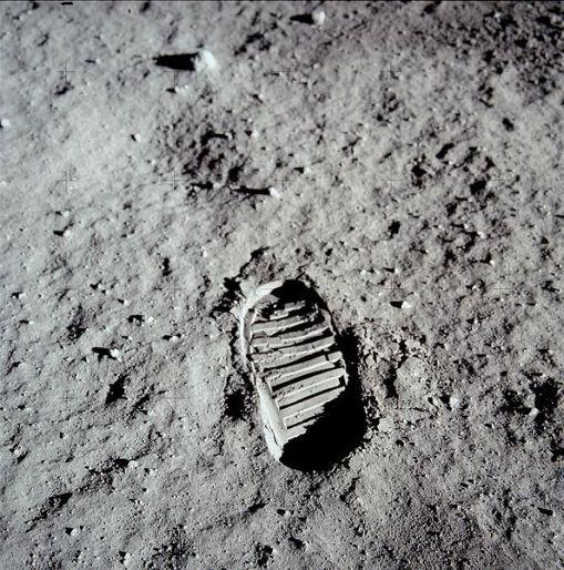 moon-footprint-jpg