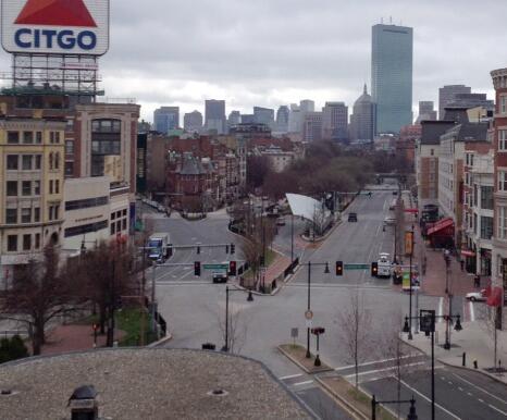 Boston-martial-law-deserted2