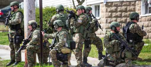 r-BOSTON-BOMBING-MANHUNT-huge