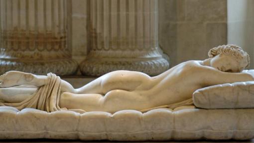 29 sleeping-hermaphroditu