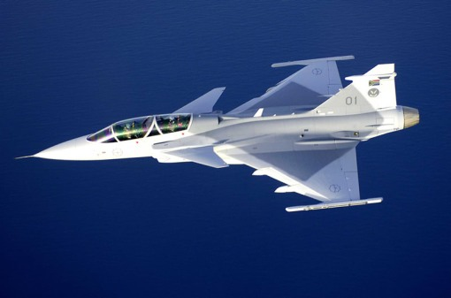62 AIR_JAS-39D_Gripen_Rotated_lg