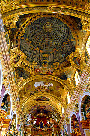 8 POZZOFresco_with_Trompe_l'oeuil_-_Andrea_Pozzo_-Jesuit_Church_Vienna